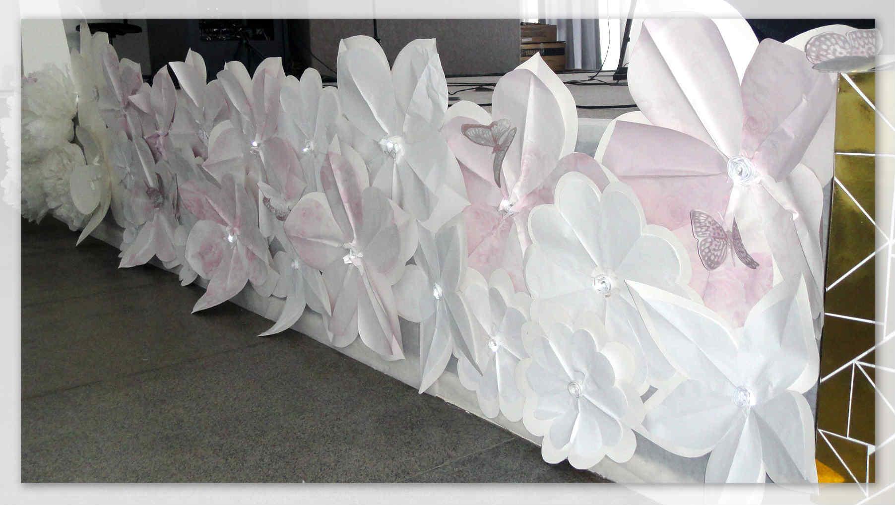 Decoraç u00e3o dia das M u00e3es com Flores de Papel -> Decoração De Festa Para O Dia Das Mães Na Escola