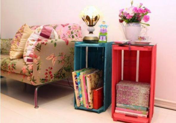 Caixa de Madeira em compartimento para Livros e Revistas
