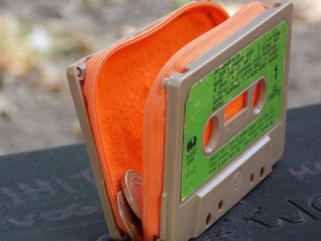 Fita Cassete em porta-moedas