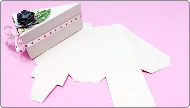 Molde fatia de bolo em papel